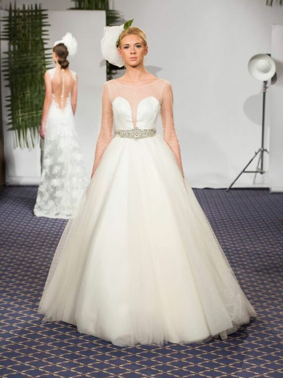 Simple wedding dress , bridal gown