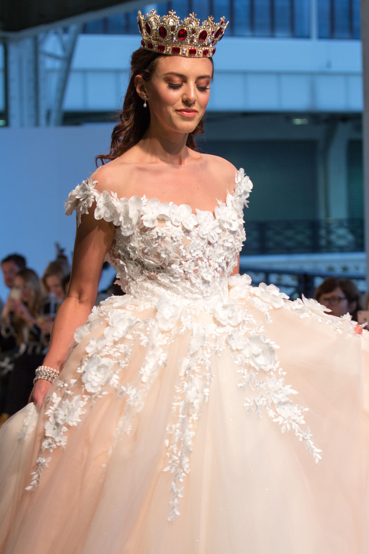 Schön Bridesmaid Dresses Oxfordshire Zeitgenössisch - Brautkleider ...