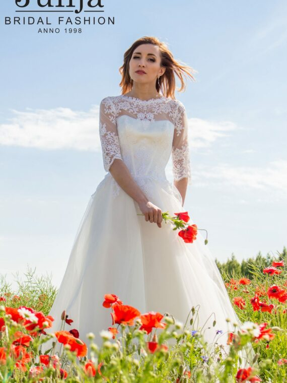 Wedding dress with 3/4 sleeves