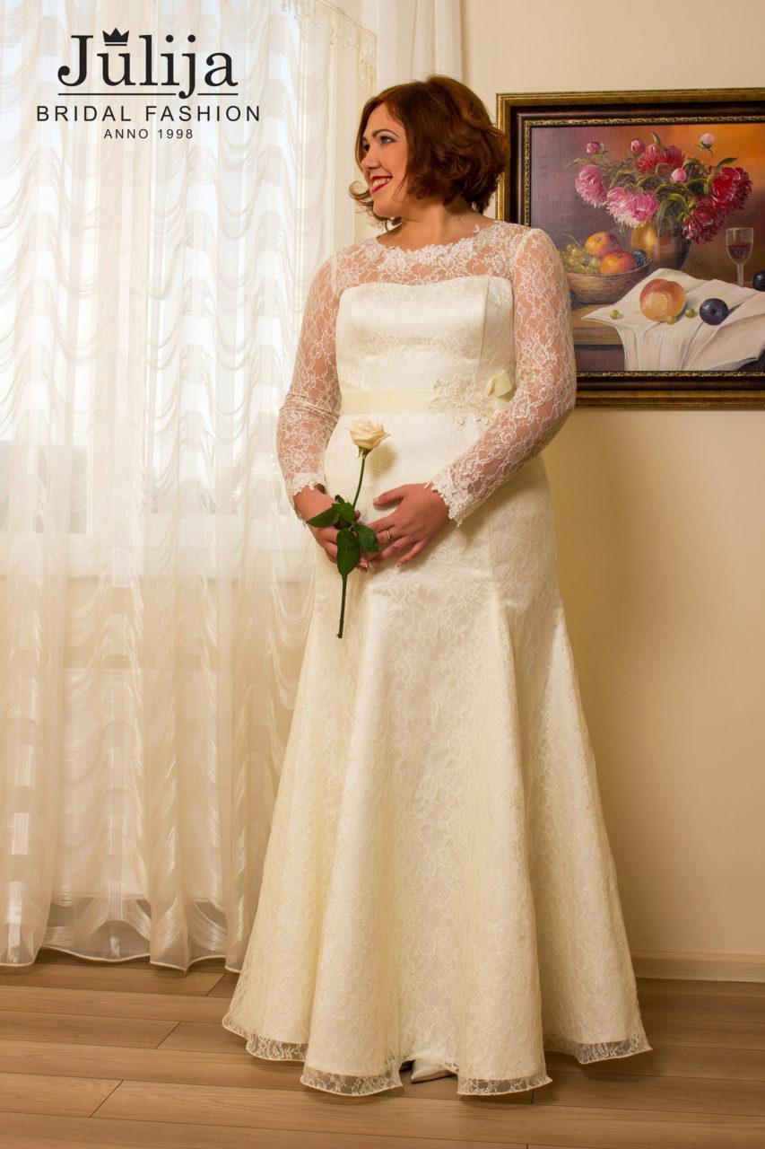 Lyon wholesale wedding dresses julija bridal fashion lace plus size wedding dress junglespirit Image collections
