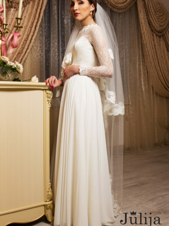 Vintage, simple wedding dress