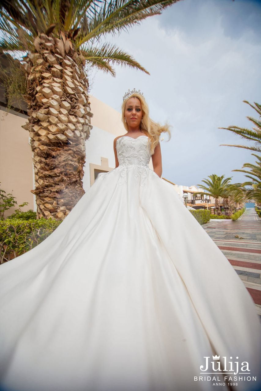 Alison | Bridal, wedding dresses designer   Julija Bridal Fashion
