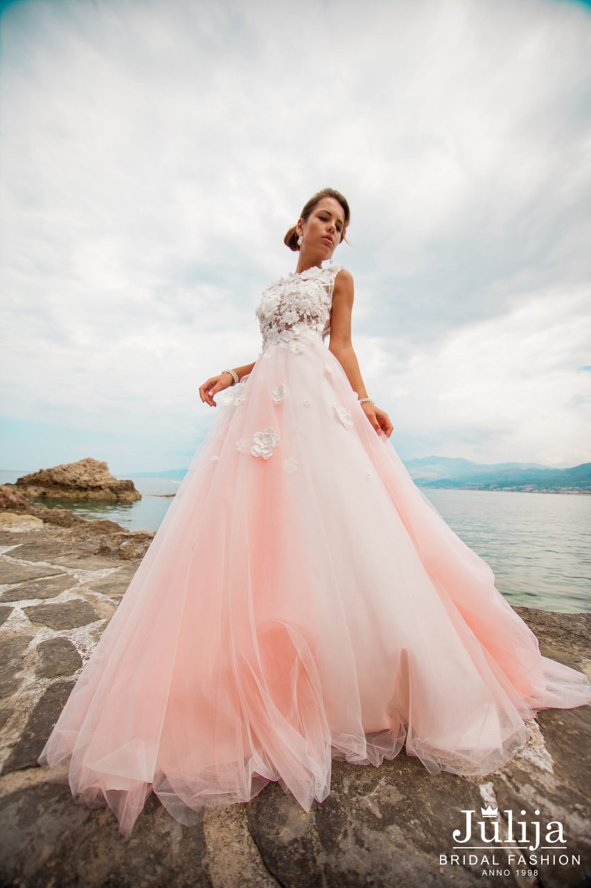 Patricia wholesale wedding dresses julija bridal fashion for Wedding dresses in europe