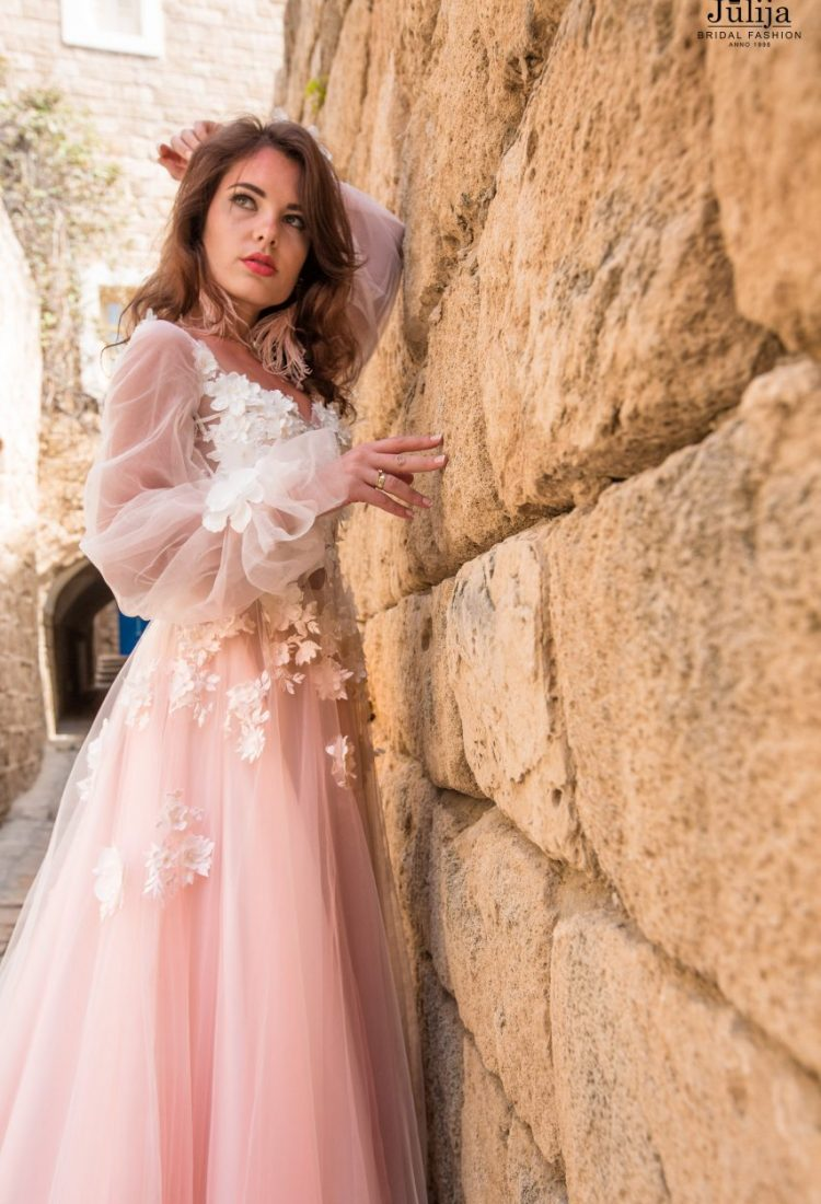 Flower wedding dress with long sleeves