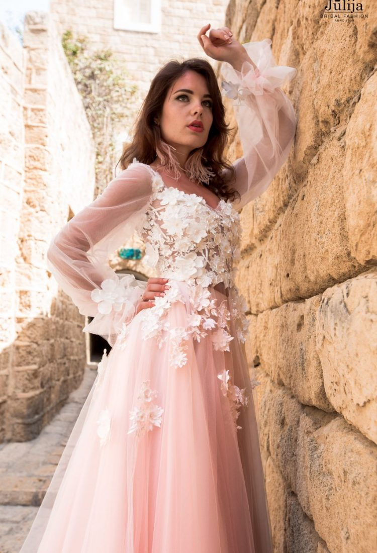 Flower wedding dress with sleeves