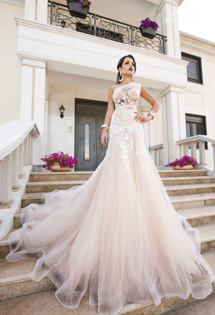 Manufacturers wedding dresses