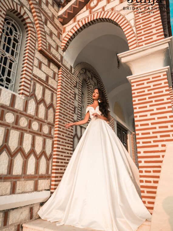 Wholesale bridal dresses in Europe