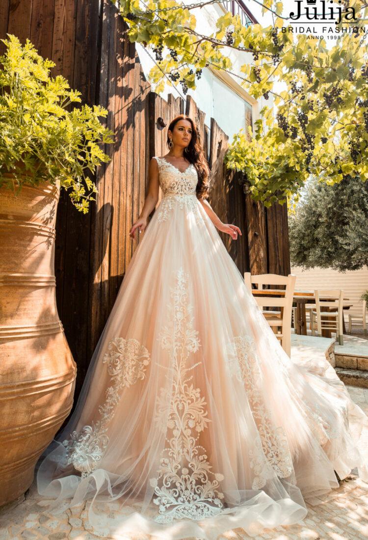 Wholesale bridal gowns