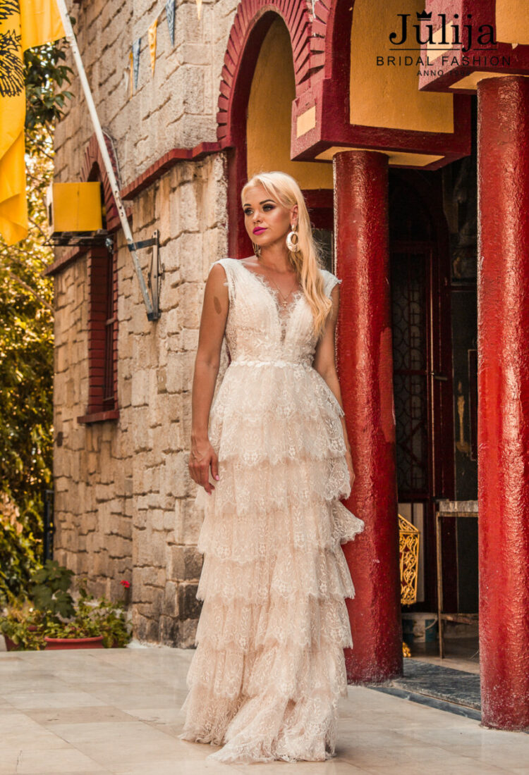 Wholesale wedding dresses