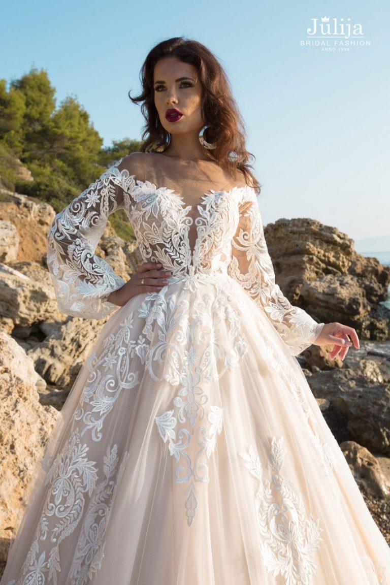 Boho wedding dress with sleeves 2019