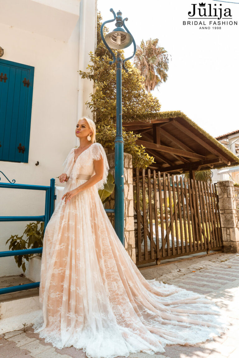 Production of wedding dress